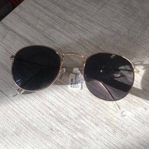 new francesca's gold round sunglasses
